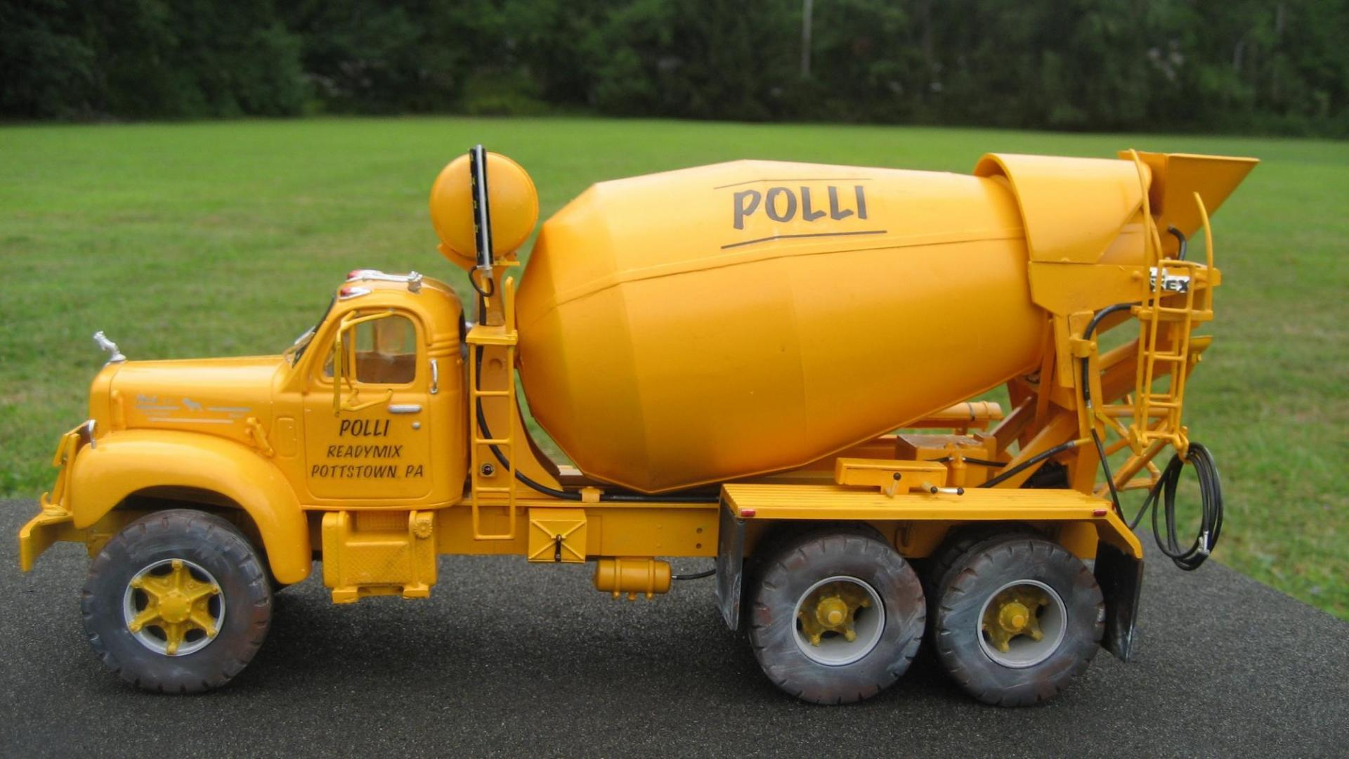 Polli Mixer 1.jpg