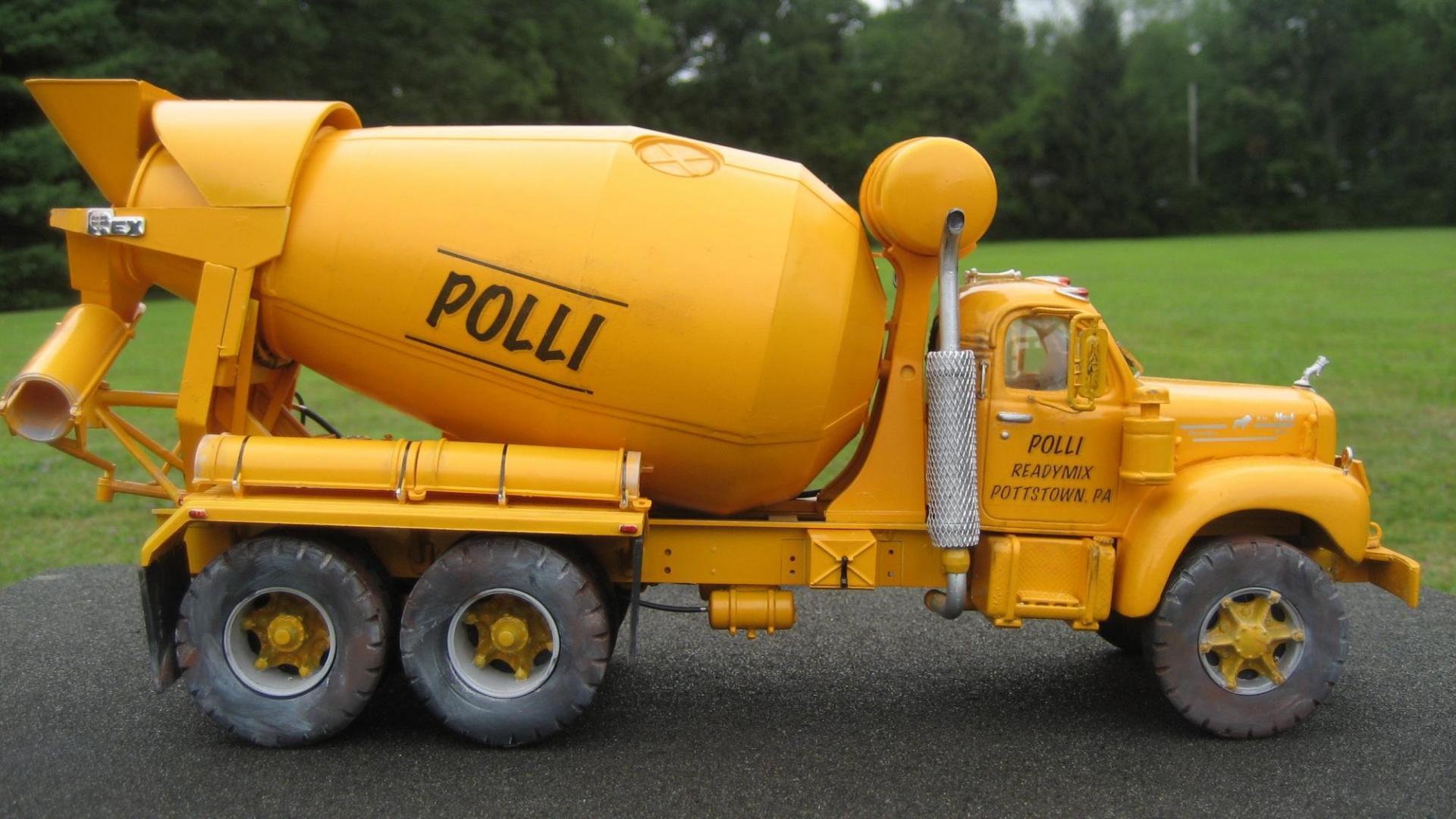 Polli Mixer 2.jpg