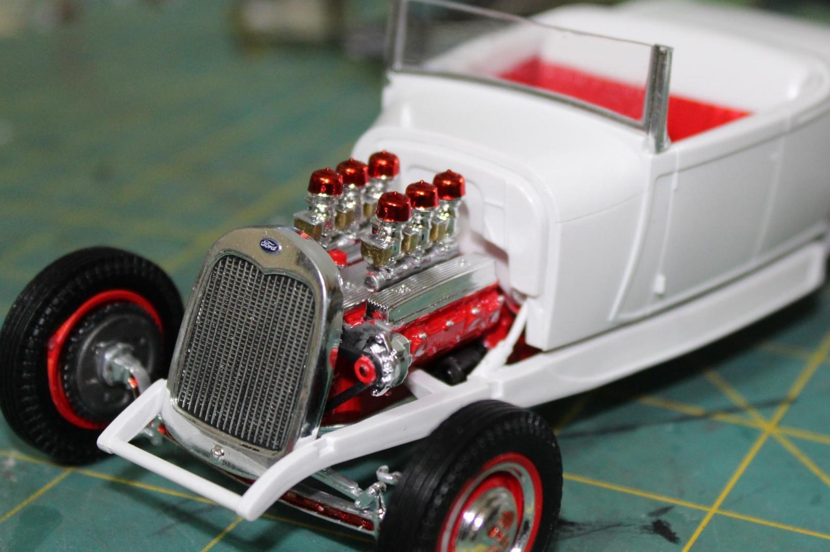 Revell 1929 Ford Model A Hi Boy 010.JPG