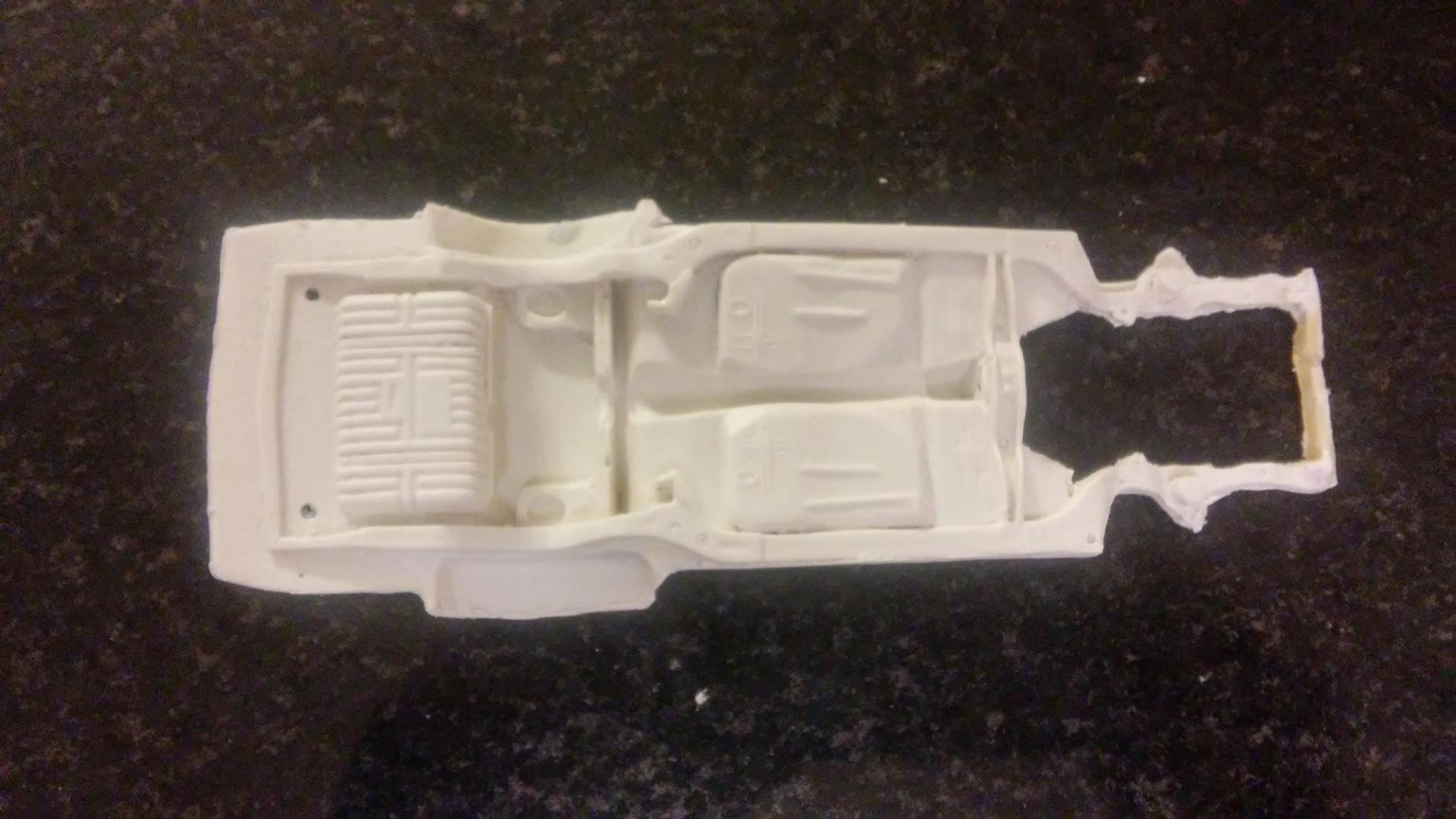 resin chassis 1.jpg