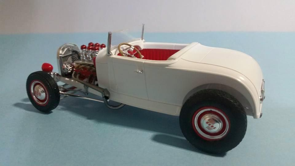 Revell 1929 Ford Model A Hi Boy 15.jpg