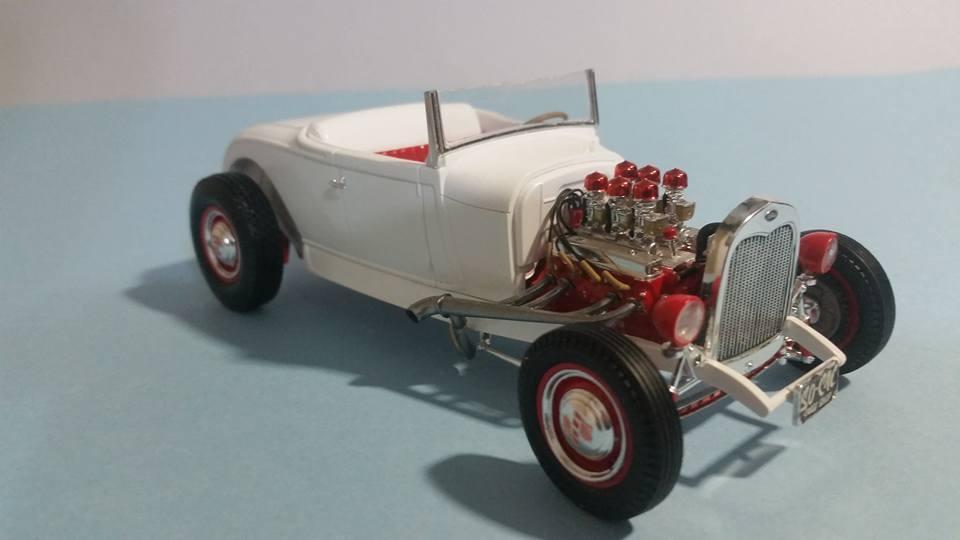 Revell 1929 Ford Model A Hi Boy 21.jpg