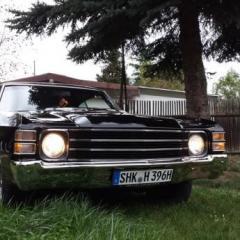V8 Trucker