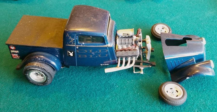 Old_Blu_Willys_truck_2.thumb.jpg.329c14e