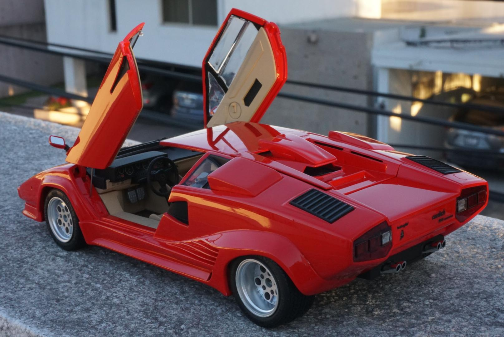 lamborghini countach 5000 quattrovalvole under glass model cars magazine forum. Black Bedroom Furniture Sets. Home Design Ideas