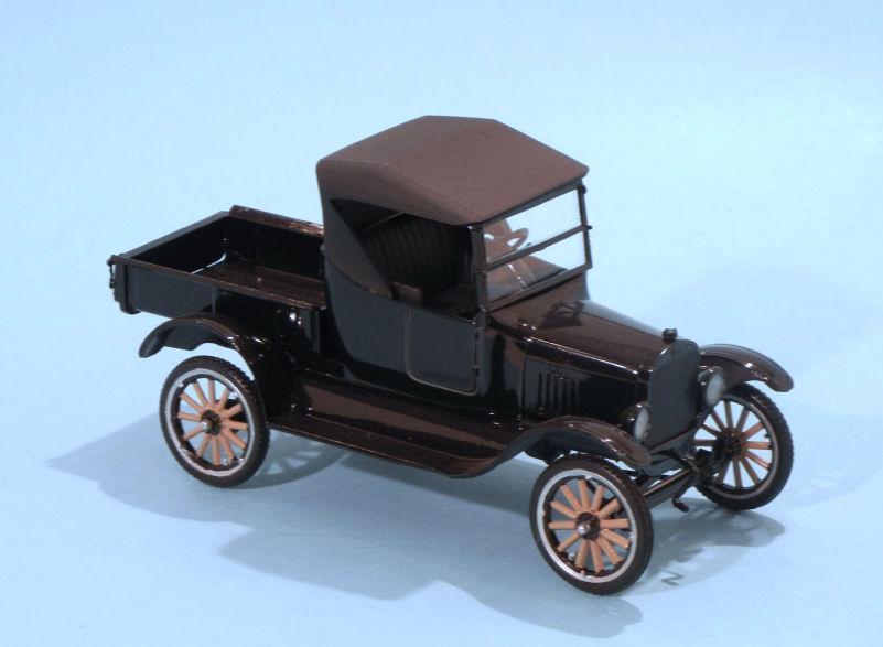 1925 Ford Model T Roadster Pickup (1).JPG