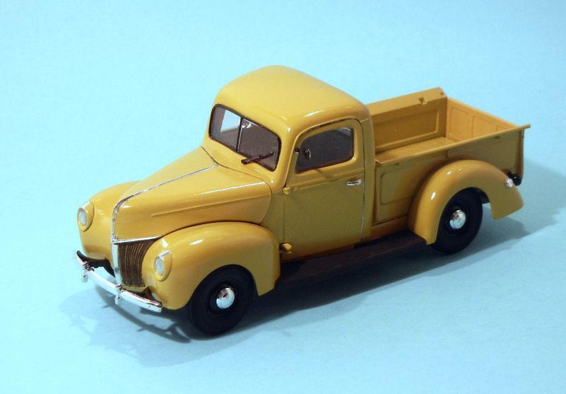 1940 Ford Pickup- stock yellow (3).JPG