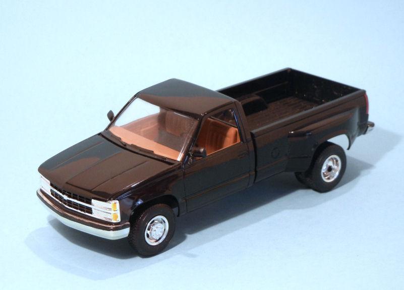 1991 Chevrolet C30 Pickup  black (3).JPG
