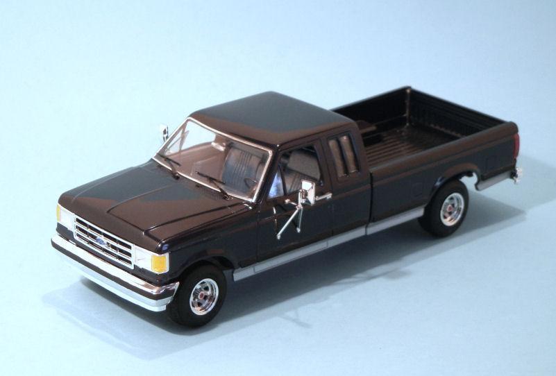 1991 Ford F250  blue (3).JPG