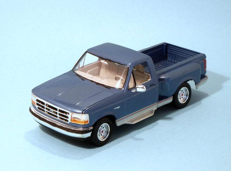 1992 Ford Flareside Pickup  blue (3).JPG