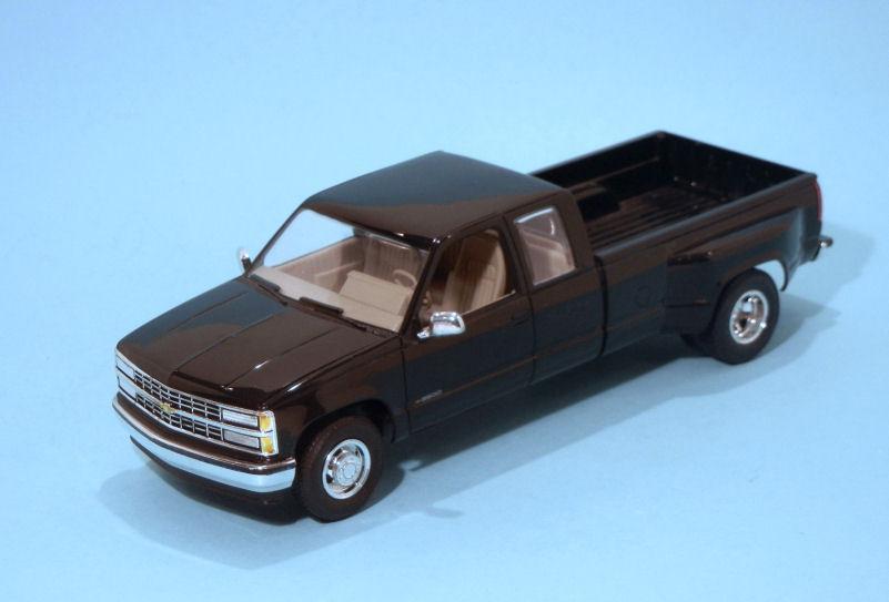 1993 Chevrolet C3500  black (3).JPG
