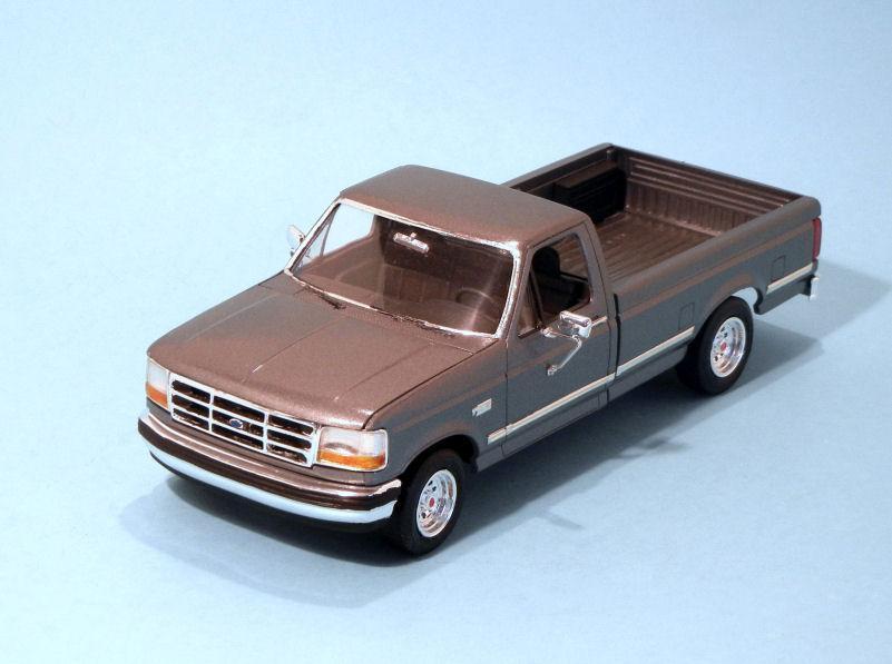 1993 Ford F150 Pickup  silver (3).JPG