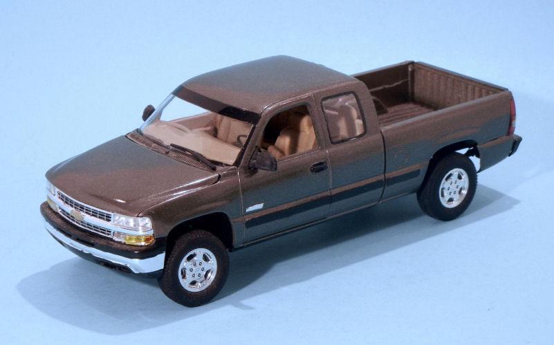 1999 Chevrolet Silverado Pickup (2).JPG