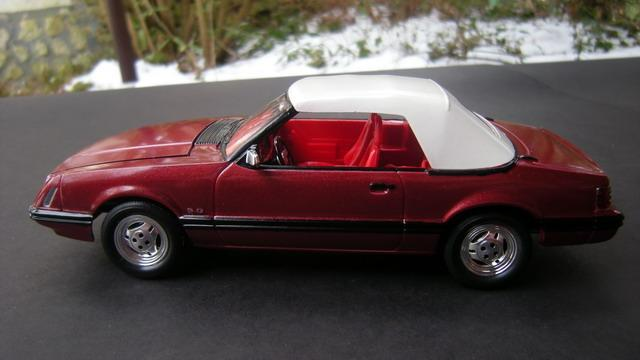1979 Ford Mustang Convertible Under Glass Model Cars
