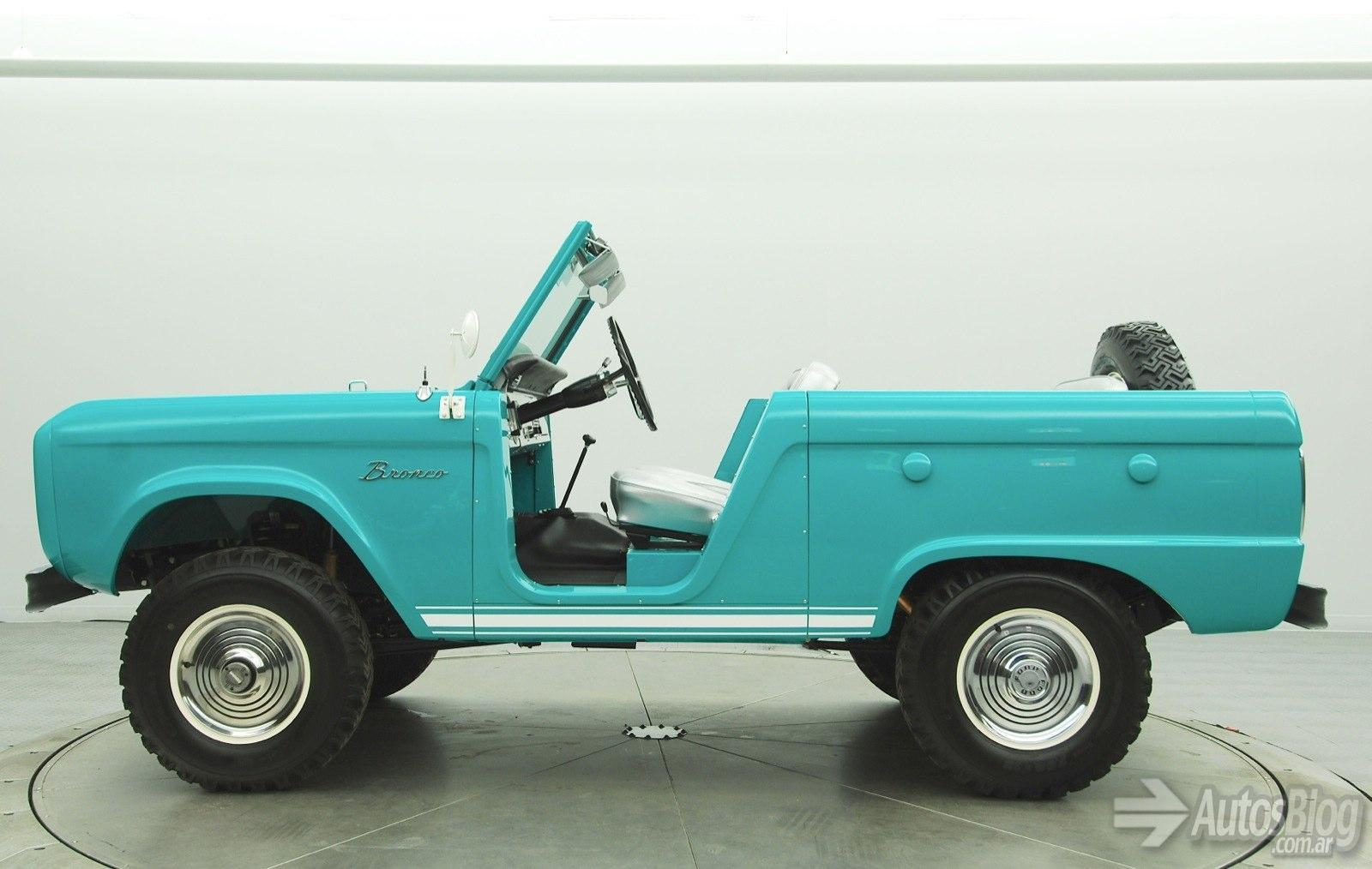 ford-bronco-roadster-1966-08.jpg