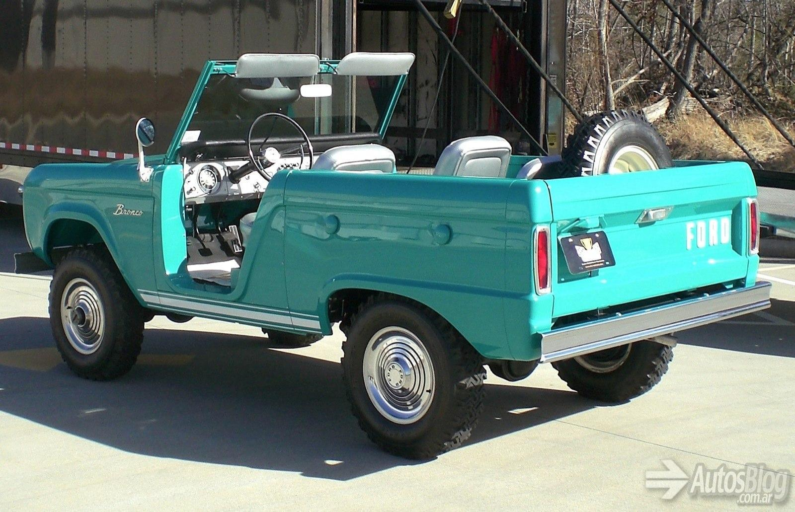 ford-bronco-roadster-1966-26.jpg