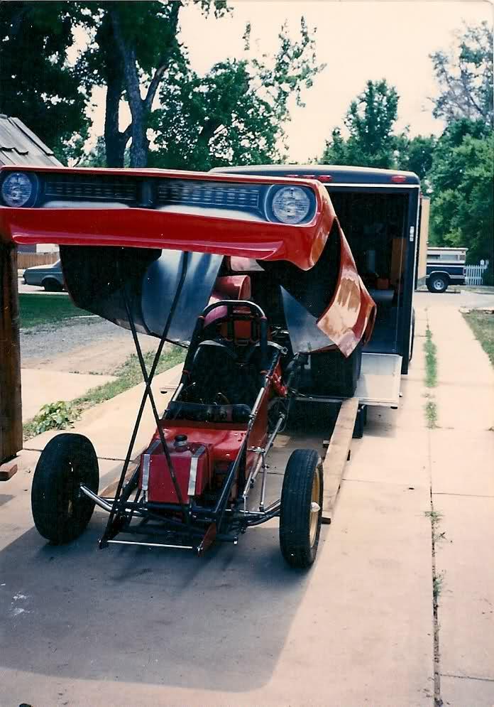 rear engine cuda funnycar_004.jpg
