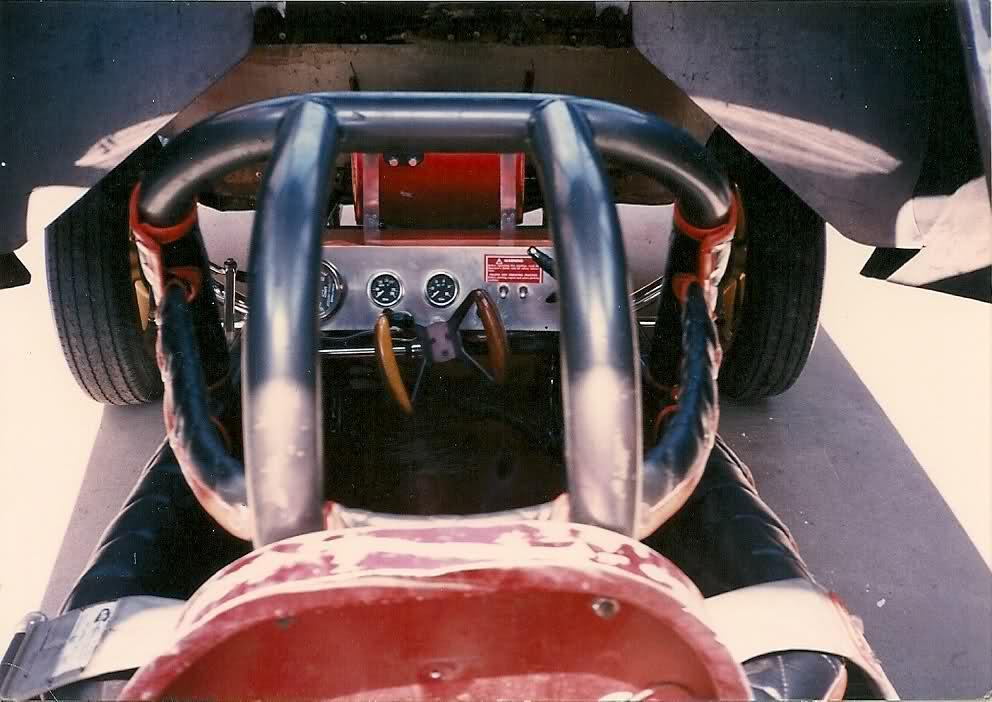 rear engine cuda funnycar_006.jpg