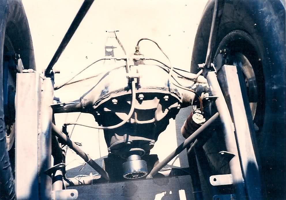 rear engine cuda funnycar_009.jpg