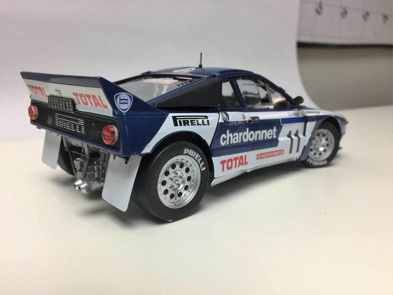 Lancia 037 - Under Glass