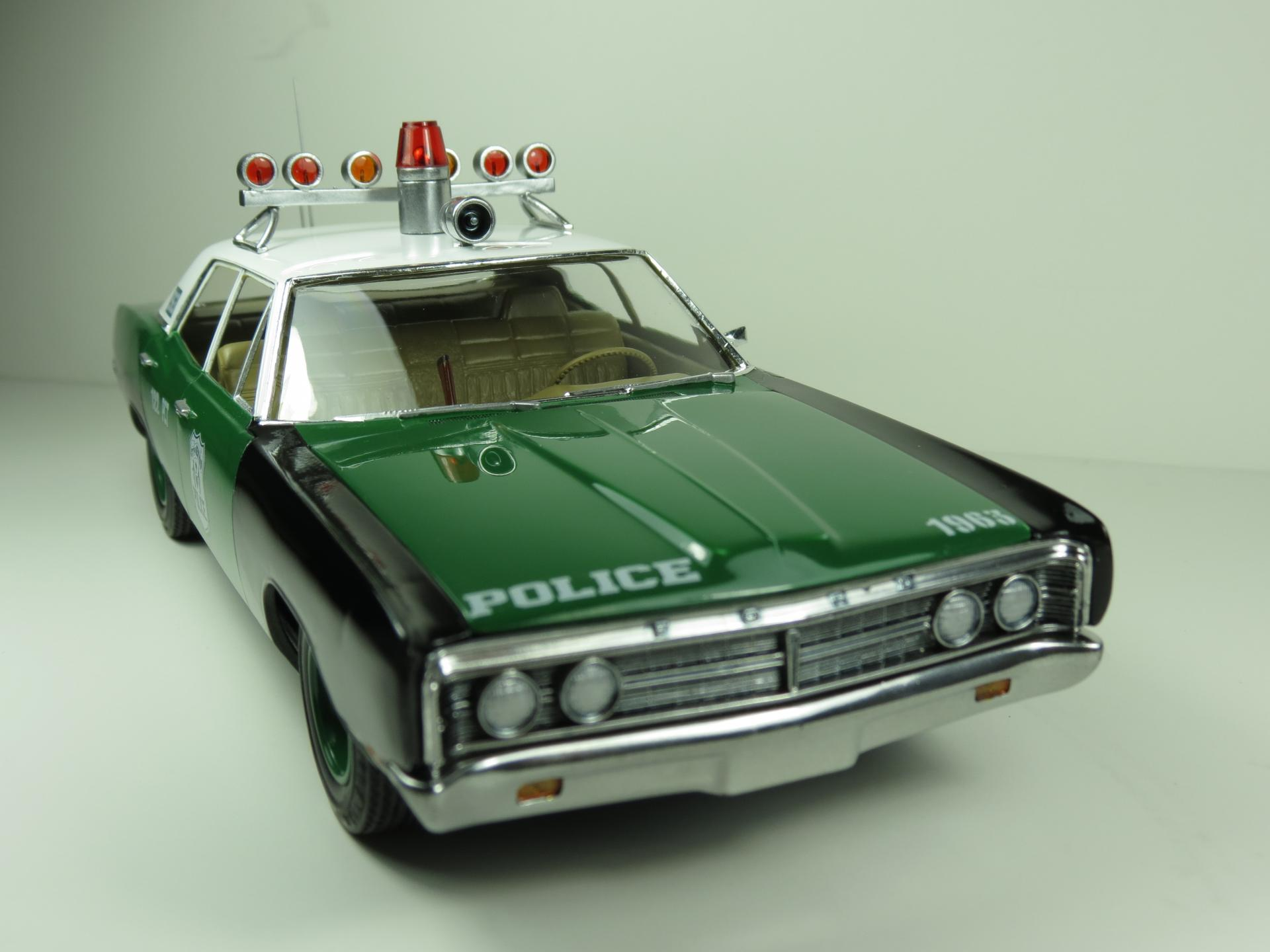 Amt 1970 Ford Interceptor New York Police Under Glass
