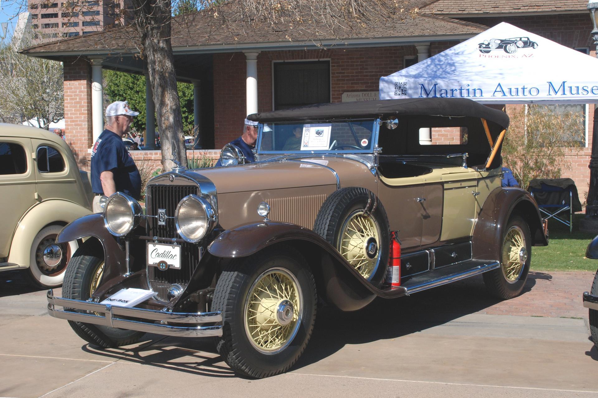 Cadillac 1929 dc phaeton ft lf.JPG