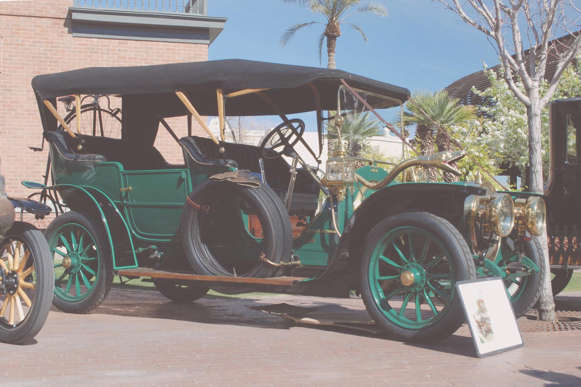 Delaunay Belleville 1907 ft rt 3_4 lo.JPG