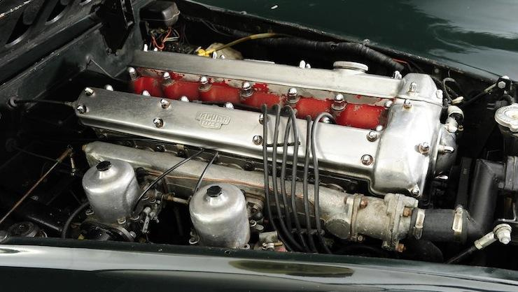 Jaguar-XK120-engine.jpg