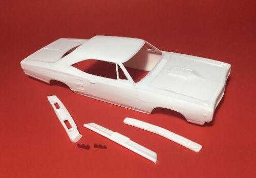 68 Coronet RT resin model.jpg