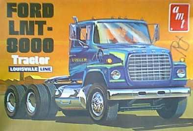 Ford_LNT_8000_tractor_Louisville_line_AM