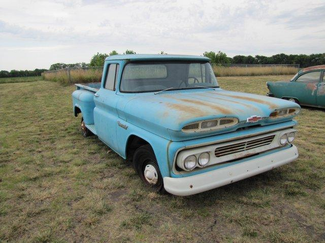 VDB-2-miles-1960-Chevrolet-truck.jpg