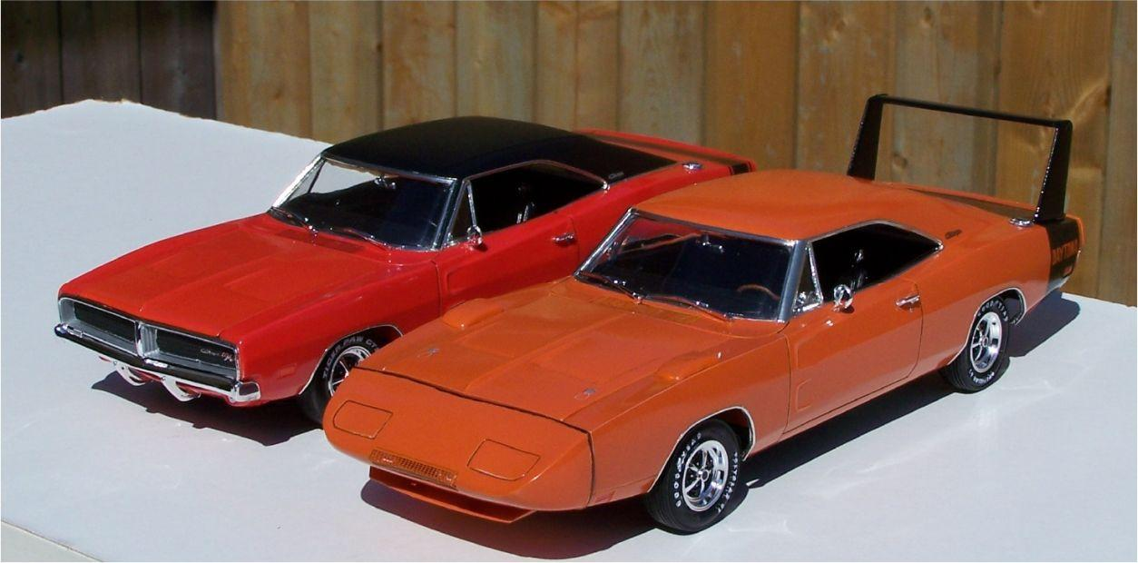 1969_Dodge_Charger_440_and_1969_Dodge_Da