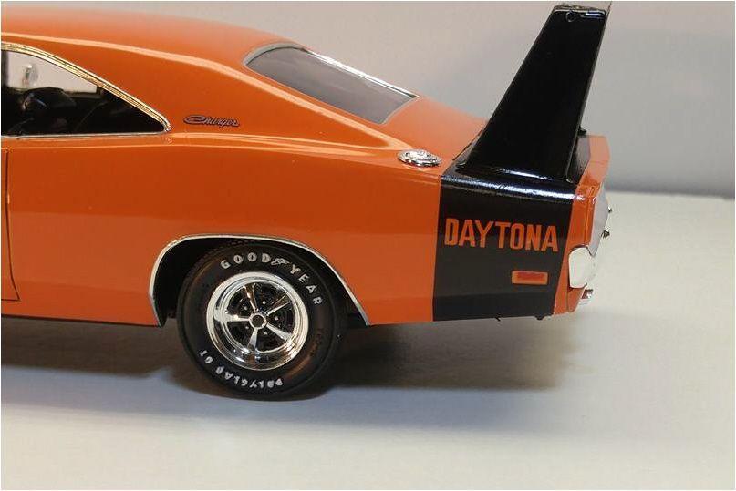 Revell_1969_Dodge_Daytona6.thumb.jpg.7c8
