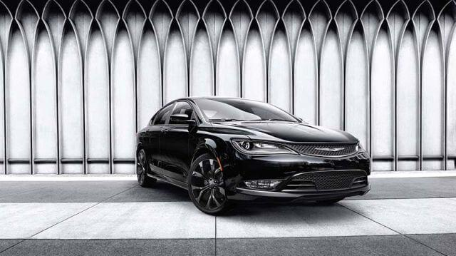 2017-Chrysler-200-01.jpg
