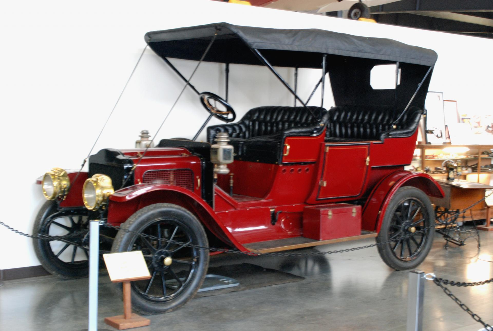 White 1910 Model O-O ft rt 3_4.JPG