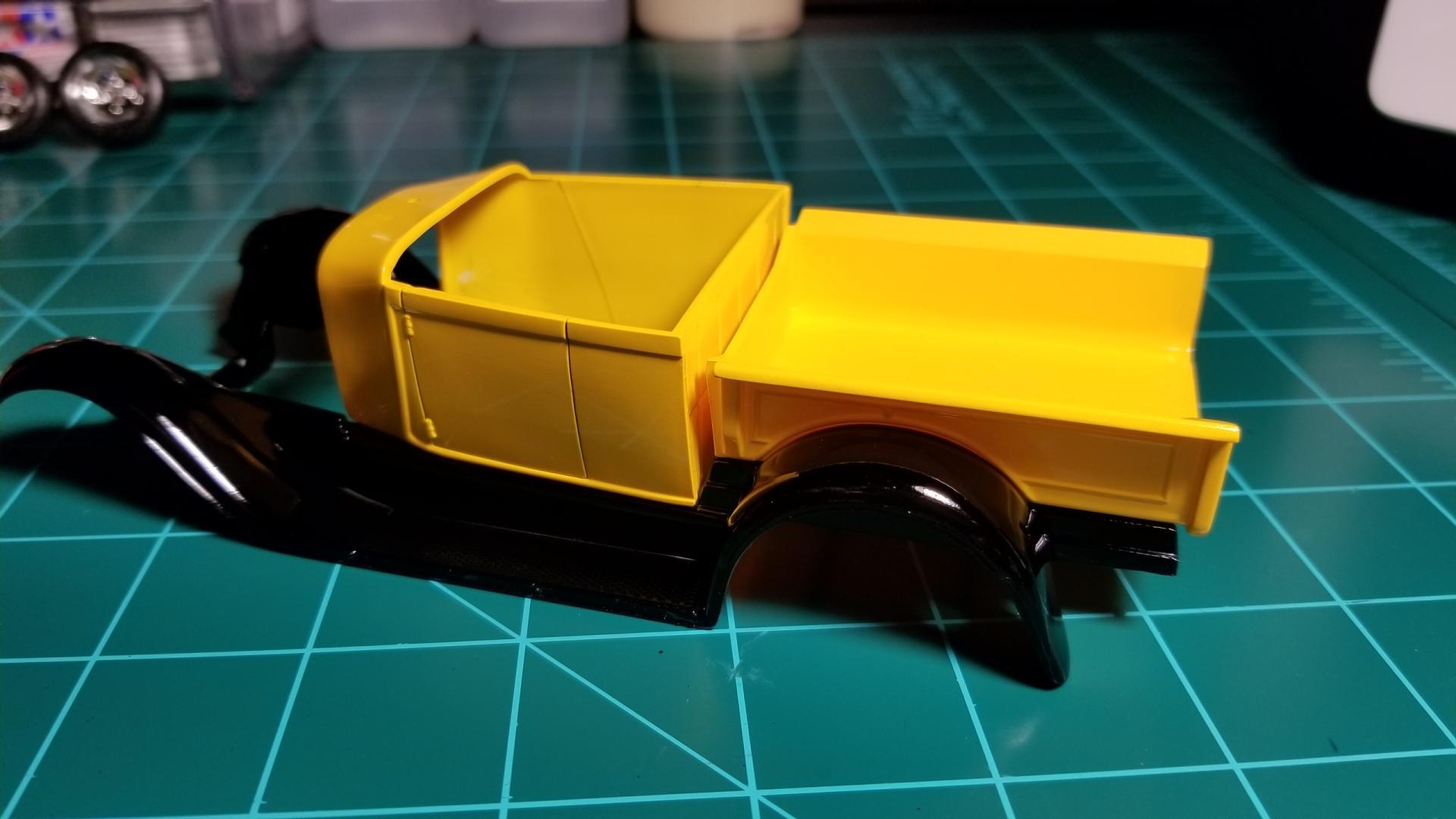 yellow truck1.jpg