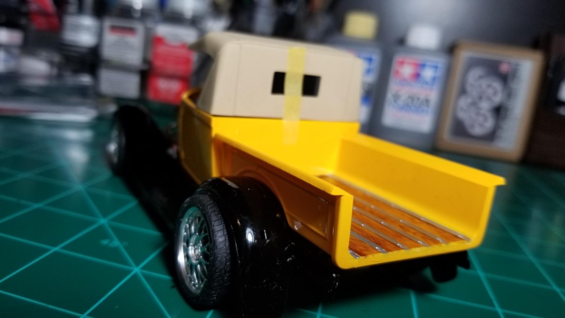 yellow truck10.jpg