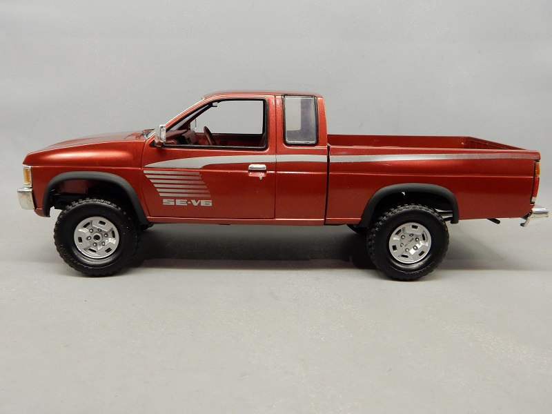 Amt Nissan hardbody? - Car Kit News & Reviews - Model Cars