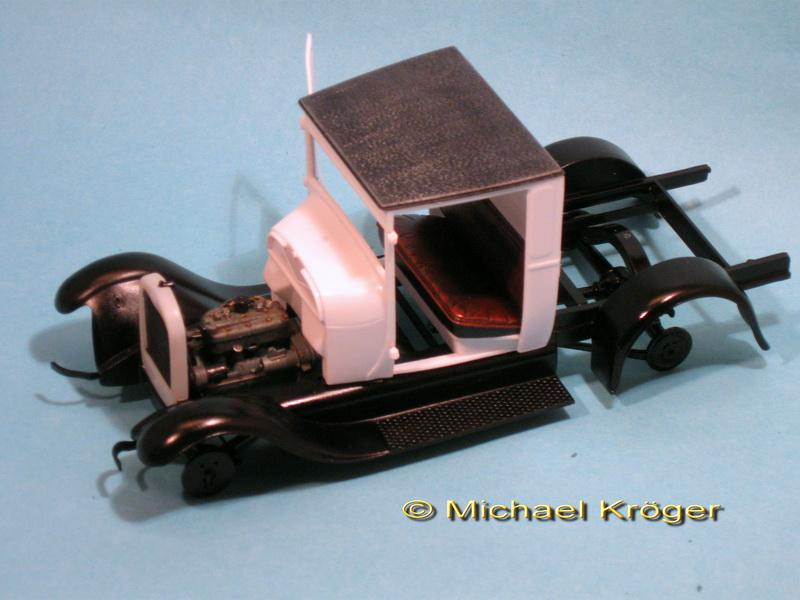 29 Ford Tow Truck 12.jpg