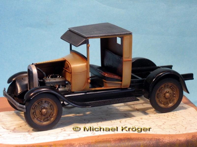 29 Ford Tow Truck 19.jpg