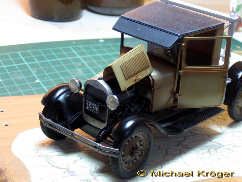 29 Ford Tow Truck 27.jpg