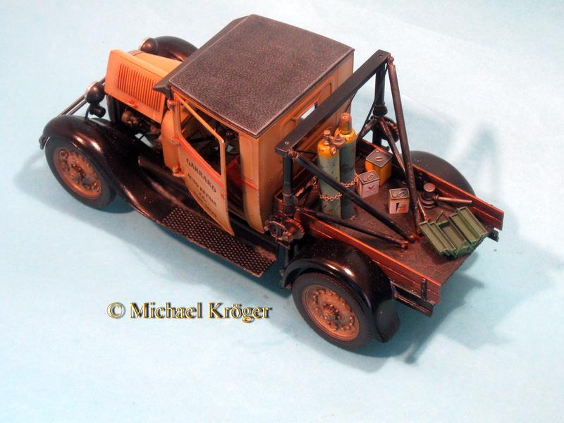 29 Ford Tow Truck 32.JPG