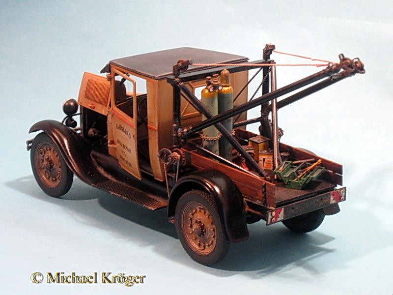29 Ford Tow Truck 34.jpg