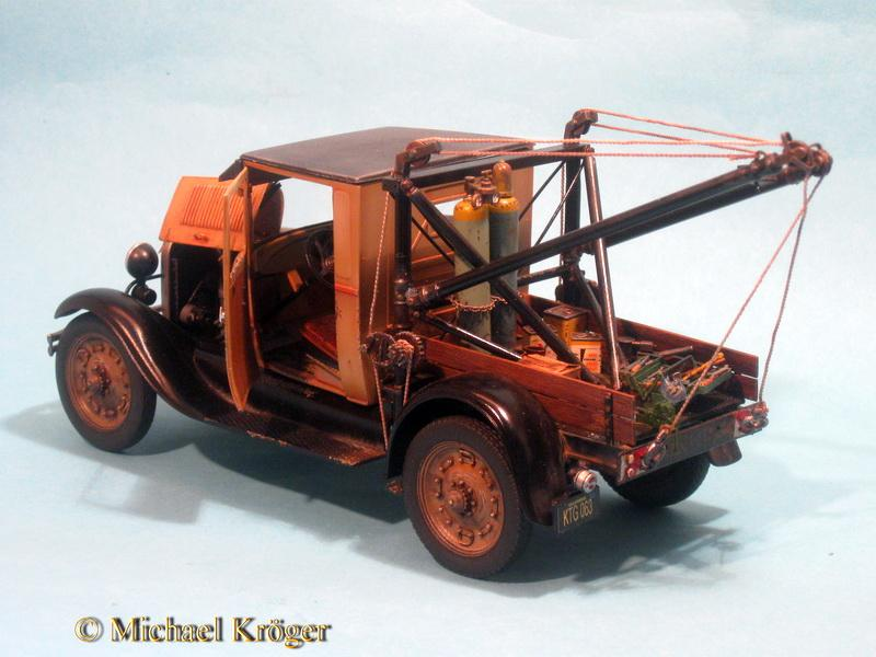 29 Ford Tow Truck 39.jpg