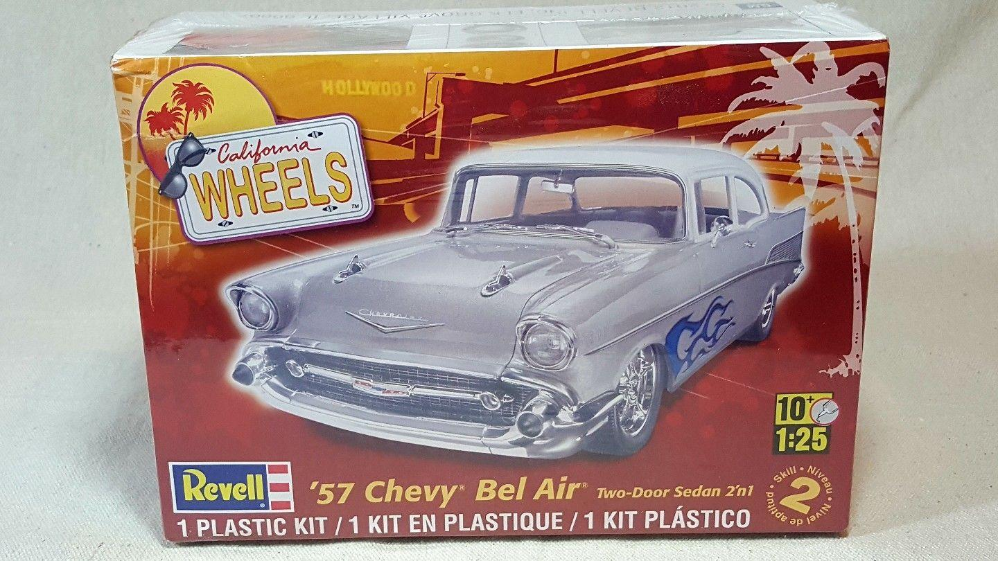 Revell-1-25-57-Chevy-Bel-Air-Two-Door.th