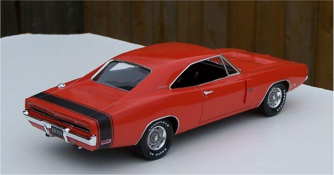 Revell_1970_Dodge_Charger_RT_440l.thumb.