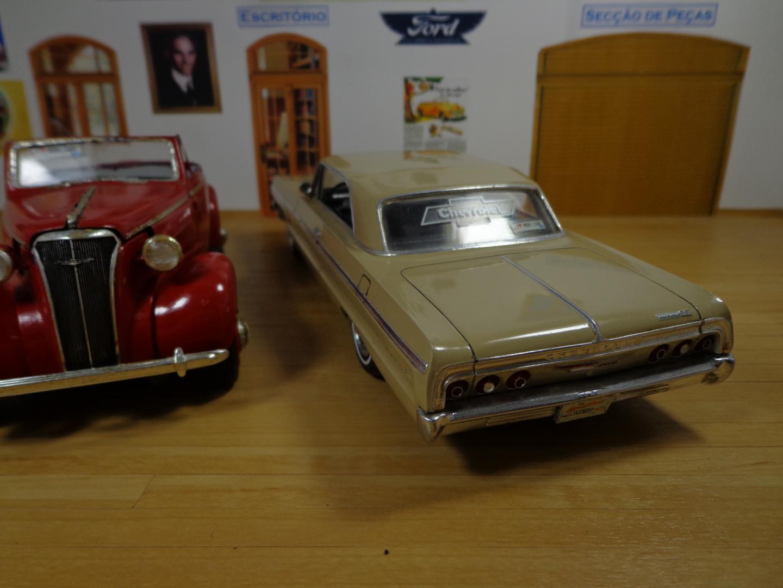 Impala e 37 Chevy 005.JPG