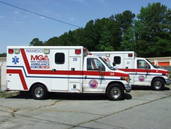 Mid-Georgia-Ambulance.jpg.011ec6ea4c6cdc0782b9d93dacbc574c.jpg