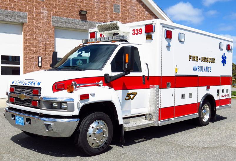 ambulance.jpg.e8f5c327d1d658cca6e4b1e0a370e7fd.jpg