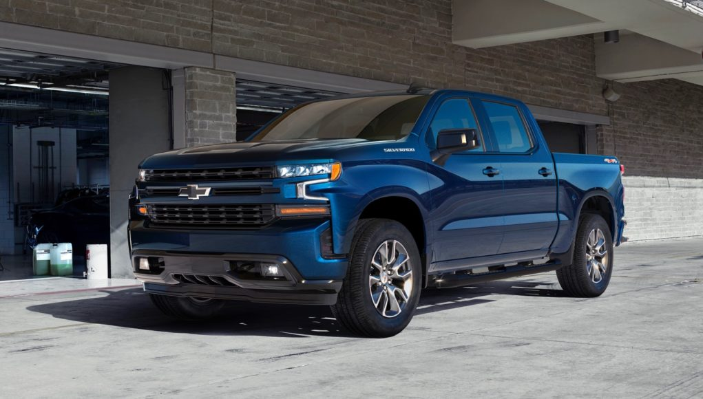 2019-Chevrolet-Silverado-012-1021x580.jpg
